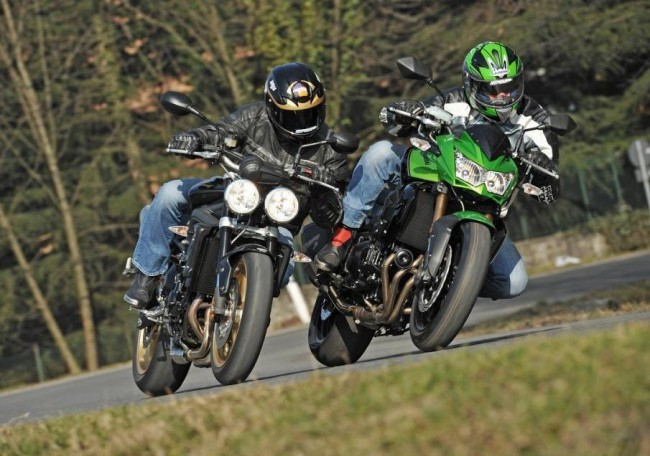 Z750R vs Street Triple R: il video della prova