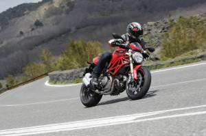 Ducati Monster 1100 EVO: video ufficiale